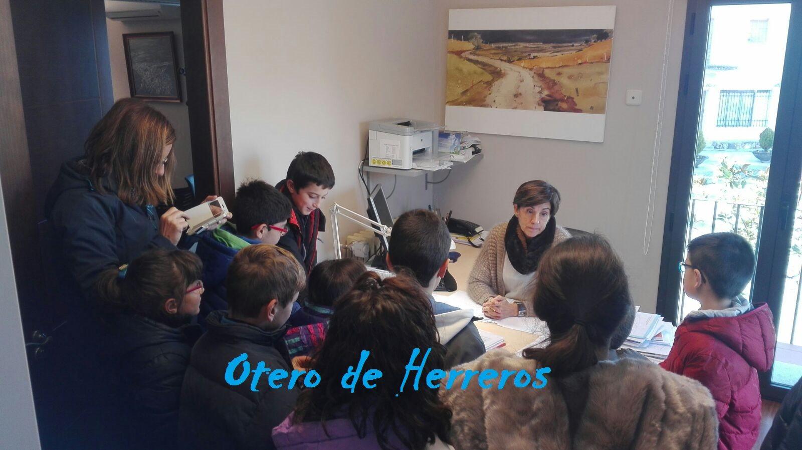 visita del cole al ayuntamiento Diciembre 2016 (3)