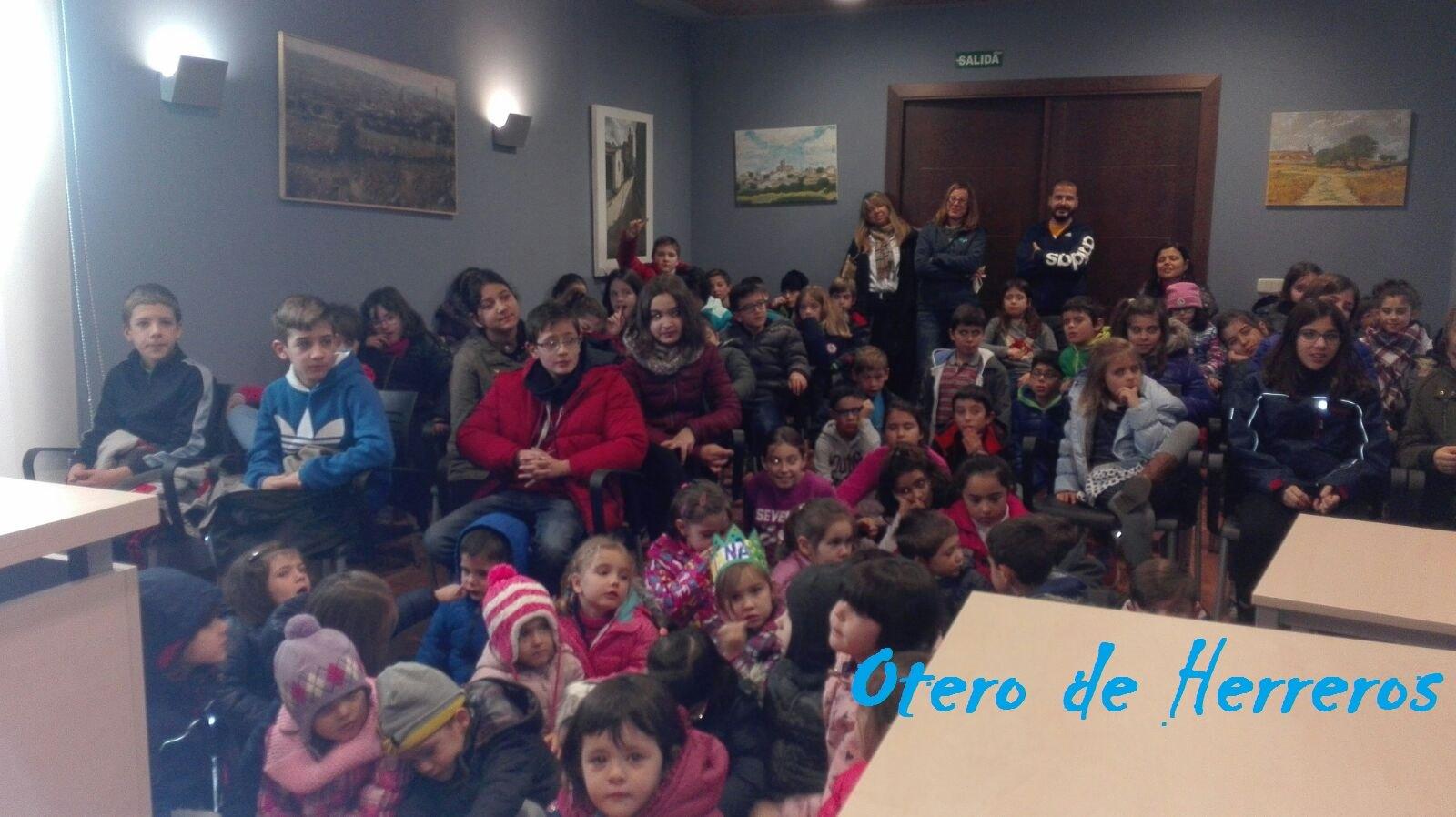 visita del cole al ayuntamiento Diciembre 2016 (5)